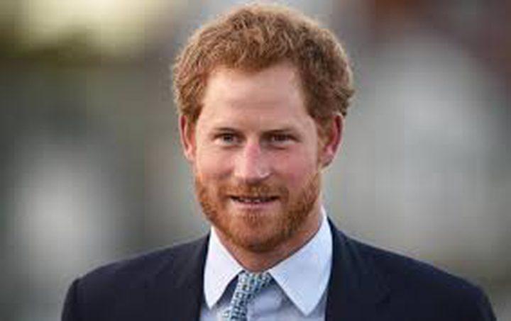 الأمير هاري ينظم رحلة في صحراء سلطنة عُمان