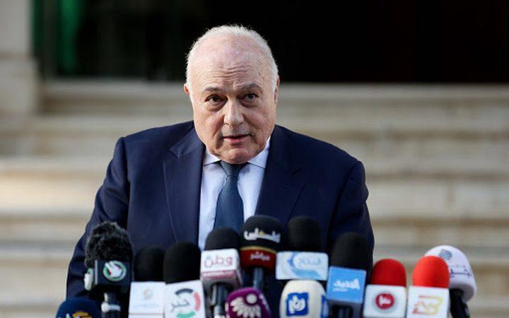 وزير المالية يعقد مؤتمراً صحفيا غداً للإعلان عن نسب صرف الرواتب