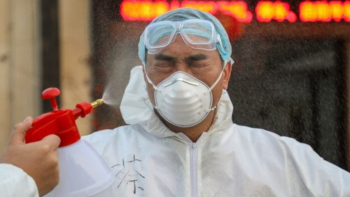 الصين تضاعف مدة الحجر الصحي تحسبا لعودة تفشي كورونا