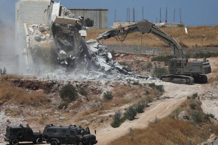 عواد: الاحتلال هدم 315 منزلاً منذ مطلع العام الجاري