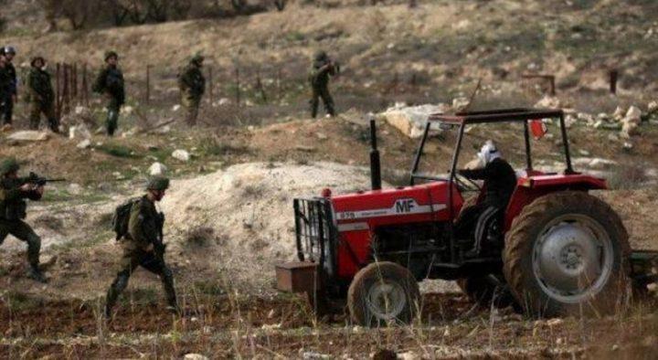 نابلس: قوات الاحتلال تستولي على جرافتين وجرار زراعي