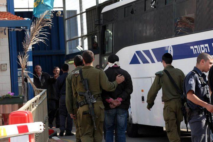 سلطات الاحتلال تحول صحفيا من جنين للاعتقال الإداري