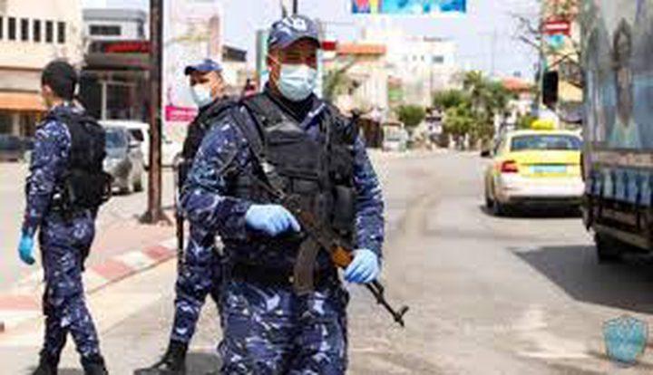 اغلاق 47 محلاً تجارياً لعدم التزامهم بالتعليمات في رام الله