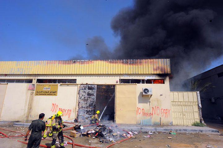 حريق كبير في مصنع للأخشاب في دبي