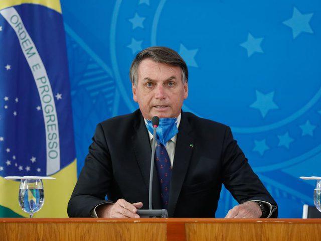 """إصابة الرئيس البرازيلي بفيروس """"كورونا"""""""