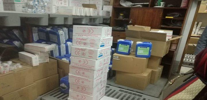 ضبط 5.4 آلاف قطعة مستلزمات طبية مجهولة ومحجوبة عن البيع في مصر