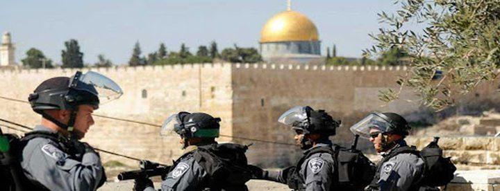 فرض الحبس المنزلي على 3 شبان وابعاد رابع عن القدس