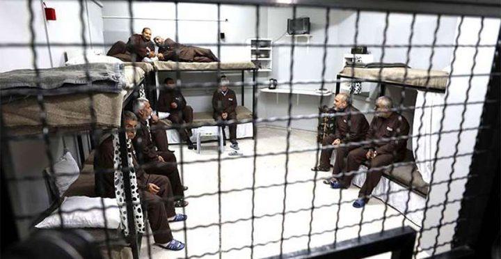 """هيئة الأسرى: الأسرى المرضى في """"الرملة""""محتجزون بمقبرة للأحياء"""