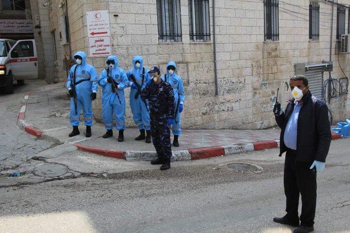 الشرطة تغلق 35 محلا لعدم التزامهم  بحالة الطوارئ في جنين