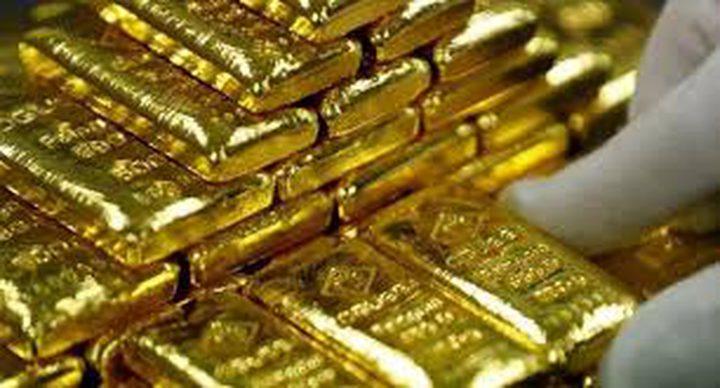 استقرار اسعار الذهب فوق 1800 دولار