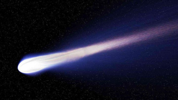"""""""نيو وايز"""" يقدم عرضا ضوئيا مذهلا أمام كوكب الارض"""