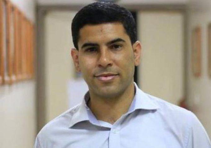 النيابة العامة في غزة تفرج عن الصحفي أسامة الكحلوت