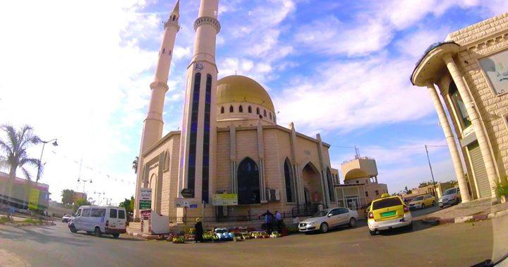 أبو الرب: ستبقى المساجد في المحافظات غير المصابة مفتوحة