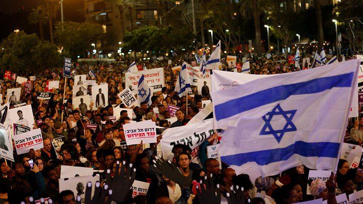 آلاف المستوطنينيحتجون مطالبين نتنياهو بالاستقالة