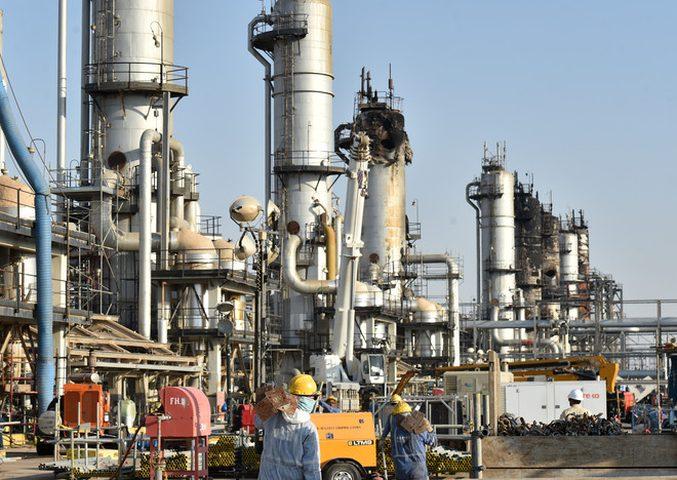 شركة النفط الفنزويلية تستأنف إنتاج البنزين في مصفاة كاردون