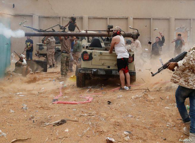 اندلاع اشتباكات بين القوات الحكومية وقوات الانتقالي في أبين
