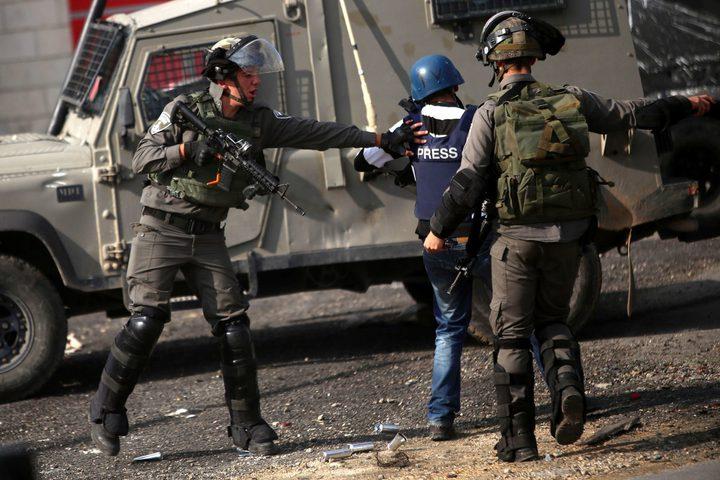 الاحتلال ارتكب 237 انتهاكًا ضد الحريات الإعلامية في 2020