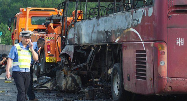 بكين.. سائق حافلة ينهي حياة 21 شخصا لأنه لم يكن راضيا عن حياته !