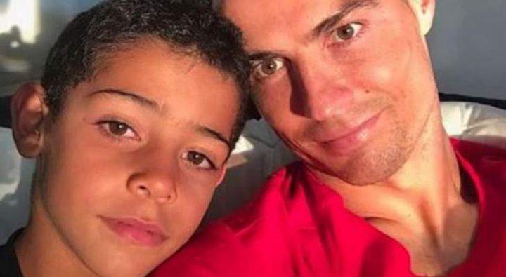 القضاء البرتغالي يلاحق نجل كريستيانو رونالدو