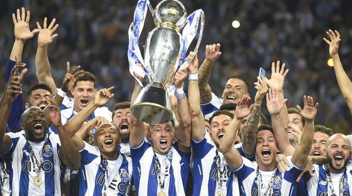 رسميا.. بورتو يتوج بطل الدوري البرتغالي