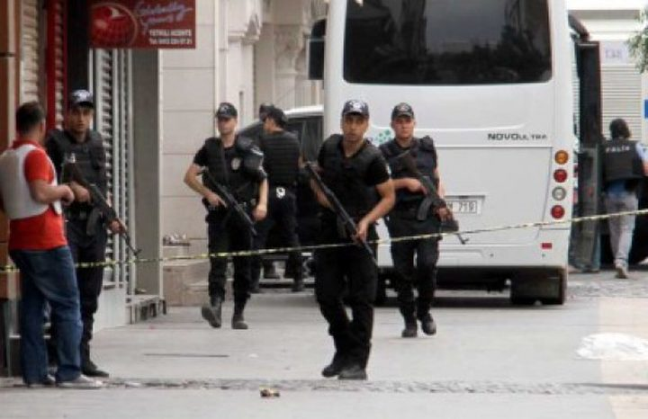 تركيا: مقتل شرطيين واصابة اثنين خلال عملية أمنية بولاية سعرد