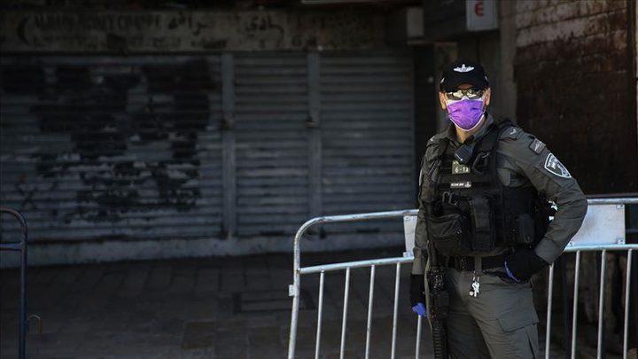 حكومة الاحتلال تصادق على تقييد التجمعات وإغلاق مجمعات وأسواق