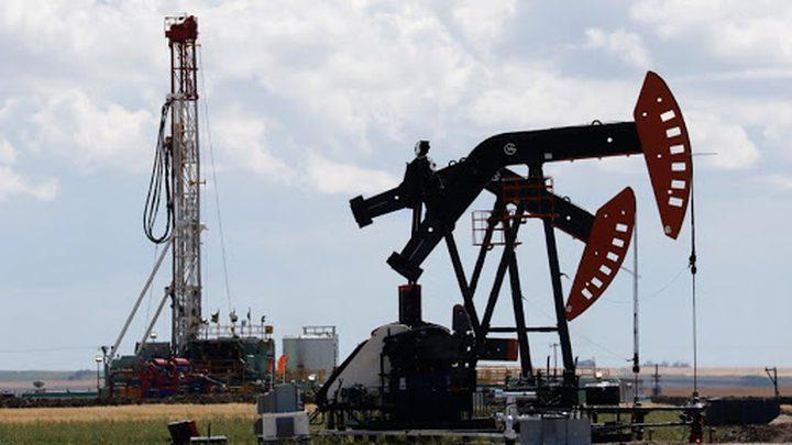 أسعار النفط تهبط 1 بالمئة