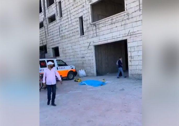 وفاة شاب بالخليل إثر سقوطه من علو