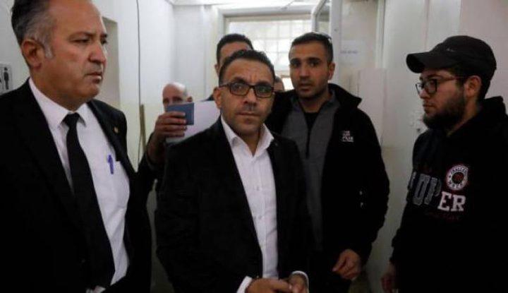 قوات الاحتلال تعتقل محافظ القدس عدنان غيث