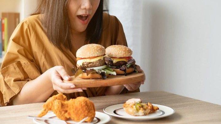 طرق بسيطة تمنع الإفراط في الأكل عند الشعور بالتوتر
