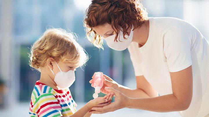 كيف يؤثر عمر الأطفال على خطورة إصابتهم بعدوى كورونا؟