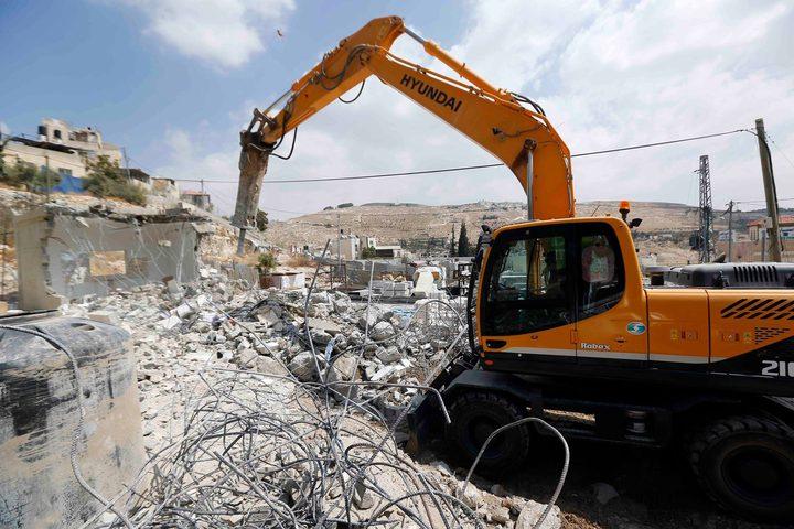 القدس: الاحتلال يهدم منزلا قيد الانشاء في جبل المكبر