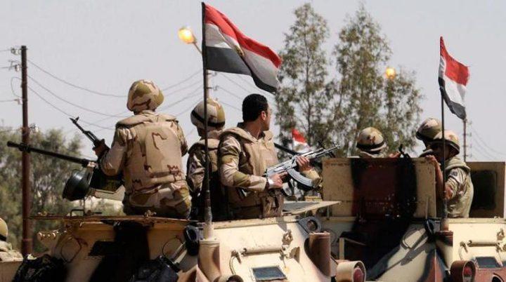 """مصر: مقتل 18 """"ارهابيا""""في هجوم على نقطة أمنية شمال سيناء"""