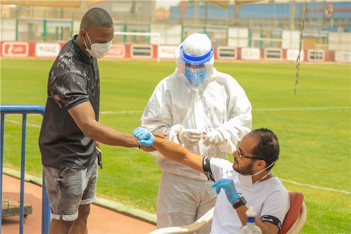 رئيس نادي مصري: غرامة مالية على أي لاعب يصاب بفايروس كرونا