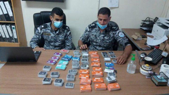 ضبط 1051 شريحة اتصال إسرائيلية ممنوعة من التداول في رام الله