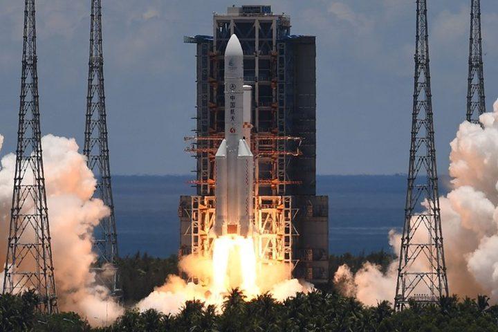 الصين تطلق أول مهمة مستقلة إلى كوكب المريخ