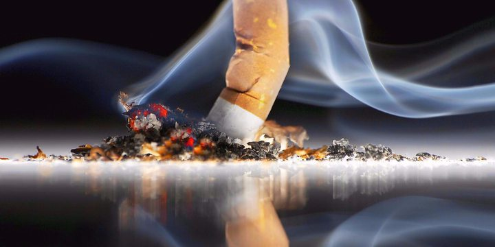 دراسة تحذر: التدخين يسبب تلف الجهاز العصبي لمرضى كورونا