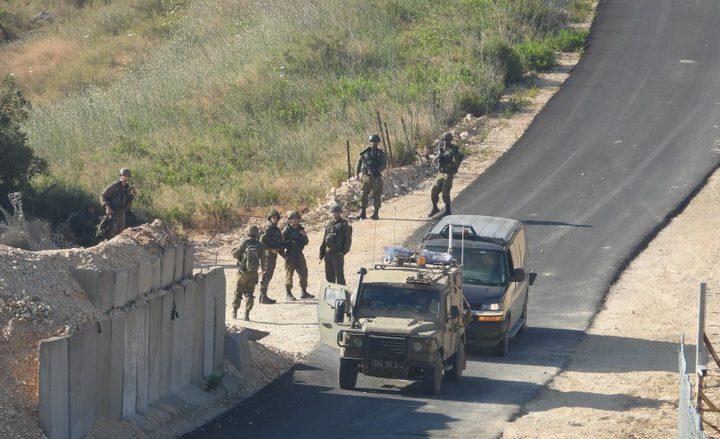 """الاحتلال يستولي على """"بركسات"""" غرب بيت لحم"""