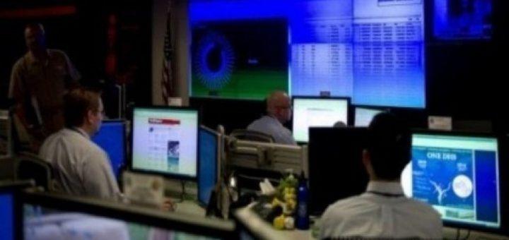 تقرير إسرائيلي يكشف طرق الشاباك في التجسس وانتهاك الخصوصية