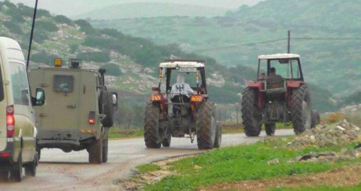 الاحتلال يستولي على جرارات زراعية في الأغوار الشمالية