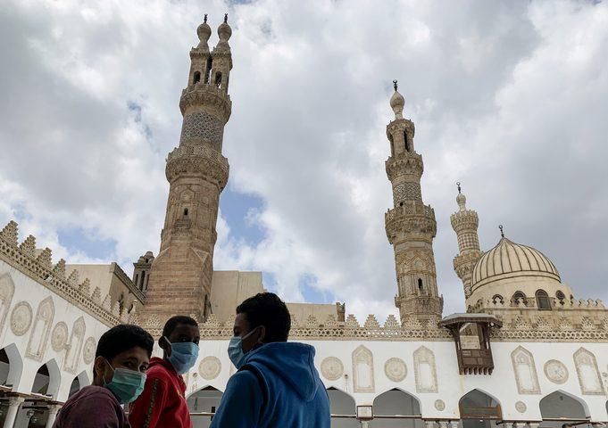 بث آذان المغرب قبل موعده في مصر وإحالة المسؤولين للتحقيق