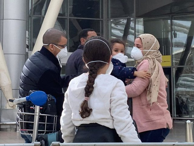 إيطاليا تقرر حجر المهاجرين المصابين بكورونا في البحر