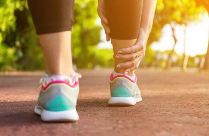 نصائح تساعد في التخلص من تورم القدمين