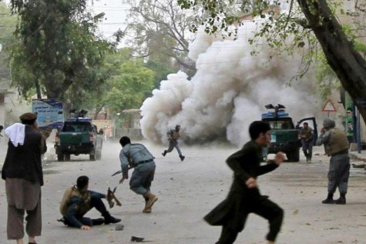 """قتلى وفرار جماعي من سجن إثر هجوم لـ""""داعش"""" بأفغانستان"""
