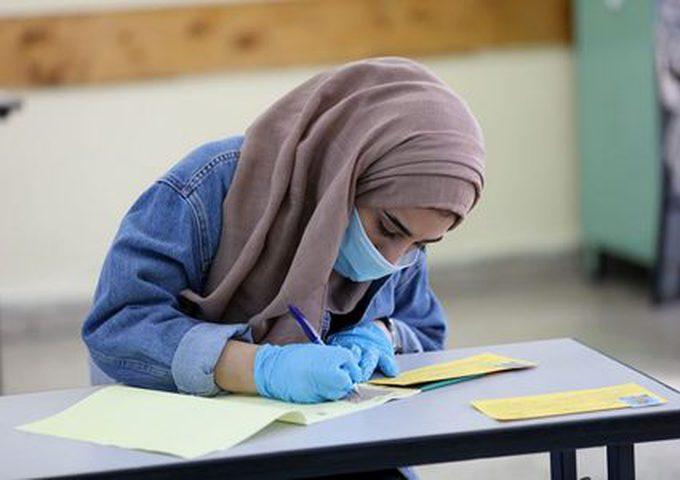 70 ألف طالب توجيهي يلتحقون غدا بمدارسهم