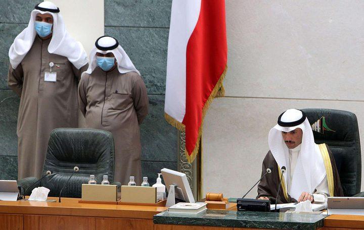نواب البرلمان في الكويت يهاجمون الحكومة بسبب الوافدين