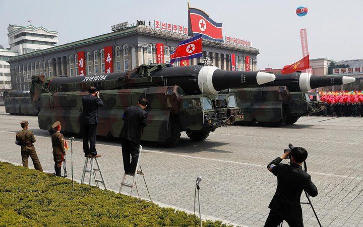 تقرير: بيونغ يانغ تطور أجهزة نووية لتركيبها على صواريخ باليستية