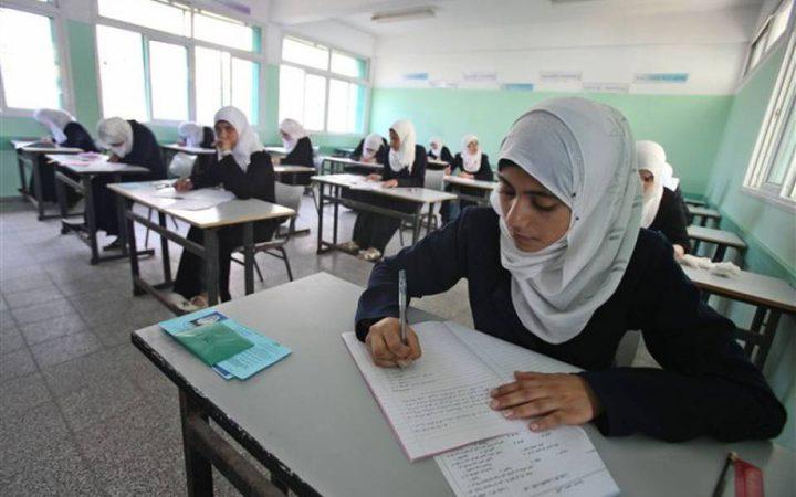حوالي 17 ألف طالب يتقدمون غدا لامتحان الثانوية بدورته الثانية