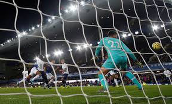 إجراءات صارمة من الاتحاد الإنجليزي لكرة القدم بسبب كورونا