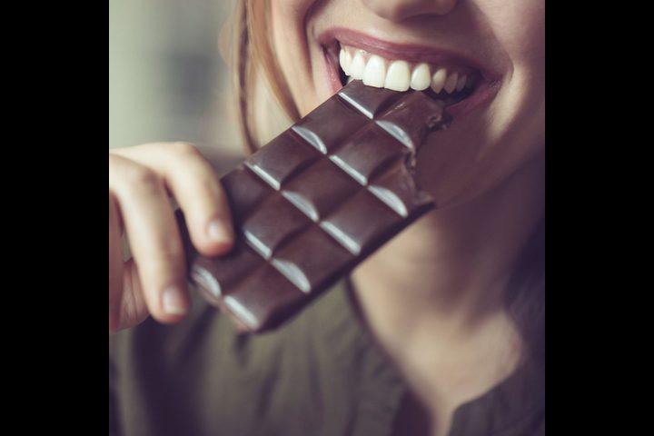 دراسة:الإفراط في تناول الشوكولاته يزيد خطر الإصابة بسرطان الأمعاء